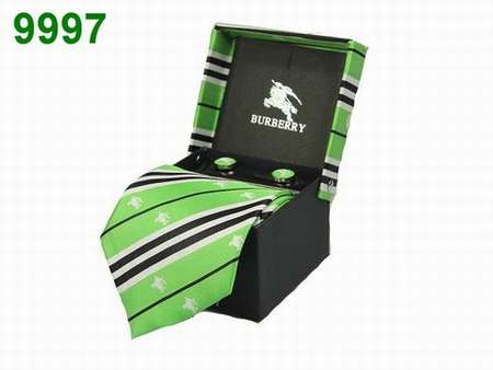 ad3b9e1758c37 cravate homme methode,cravate slim saumon homme,cravate homme promo